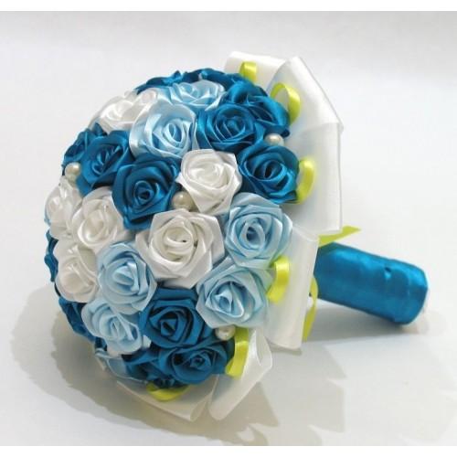 Булчински букет от сатенени рози