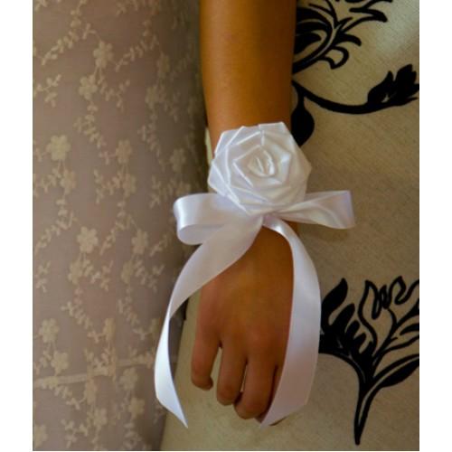 Сватбена бутониера за ръка