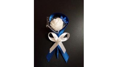 Бутониера за ревер с роза в тъмно синьо