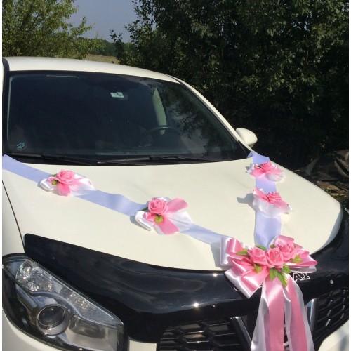 Сватбена украса в бяло и розово