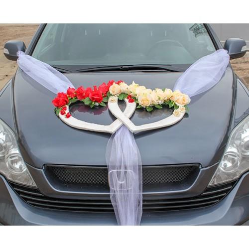 Сватбена украса за кола Сърца