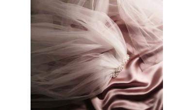 Сватбен воал с перли и кристали